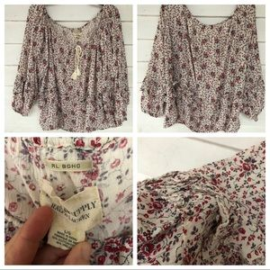 Large off white pink floral 3/4 ruffle sleeve top